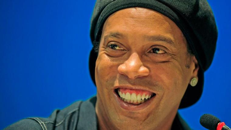 Ronaldinho volverá a calzarse las botas en el verano de 2019