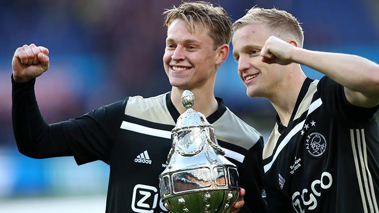 De Jong y De Ligt hacen juntos... hasta en la compra