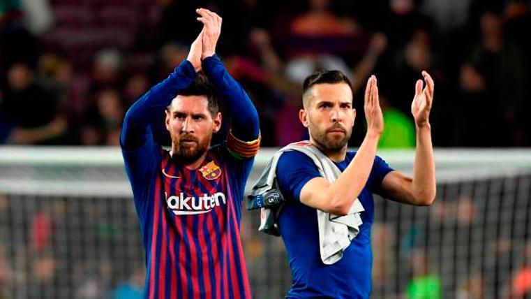 """Jordi Alba se rinde a Leo Messi: """"Es mejor que antes, está por encima de todos"""""""