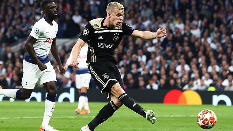 El Tottenham quiere quitarle al Real Madrid a Donny van de Beek