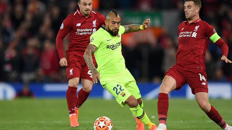 Arturo Vidal se salvó de la quema contra el Liverpool: El chileno fue el mejor del Barça