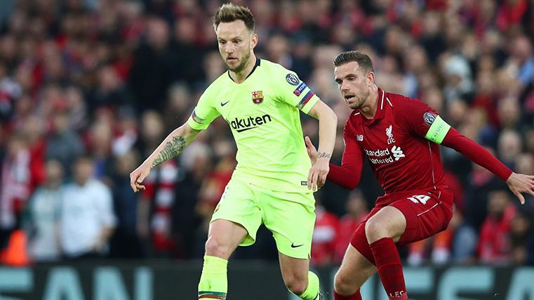 Busquets y Rakitic también quedaron retratados en la remontada del Liverpool