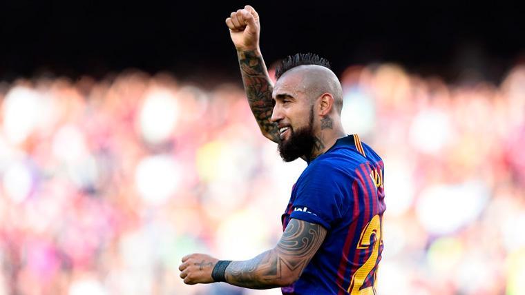 Arturo Vidal en un partido del FC Barcelona