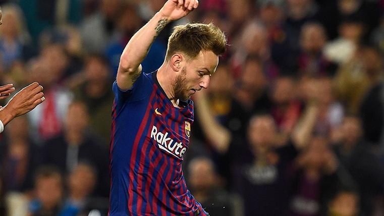 El Camp Nou recibió con aplausos a un Rakitic que llegó a las 200 victorias con el Barça