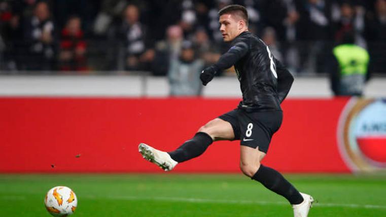 En Alemania aseguran que el Real Madrid ya ha fichado a Jovic