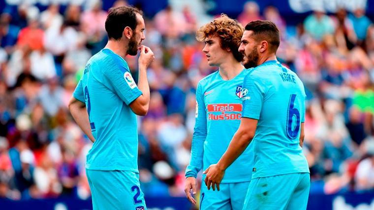 Griezmann lidera un once de despedidas en un empate liguero del Atlético (2-2)