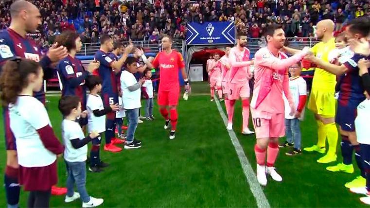 El Eibar también le hizo el pasillo al Barça por el título de Liga