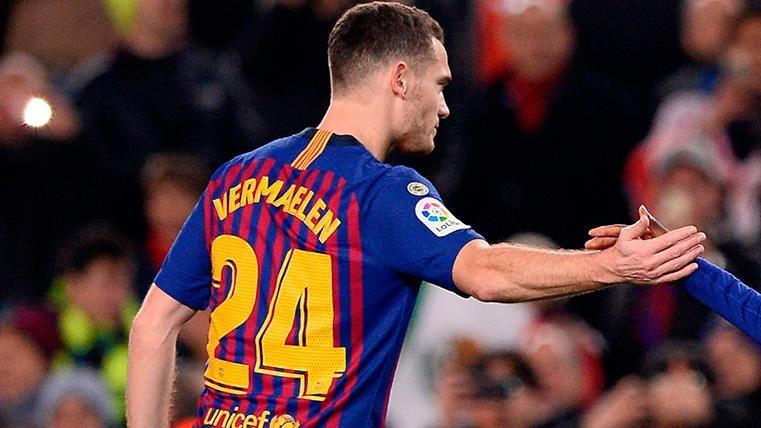 Thomas Vermaelen en un partido con el Barça