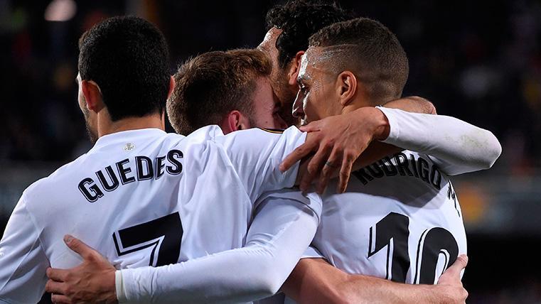 Rodrigo ahondó en la herida del Barcelona con el segundo gol