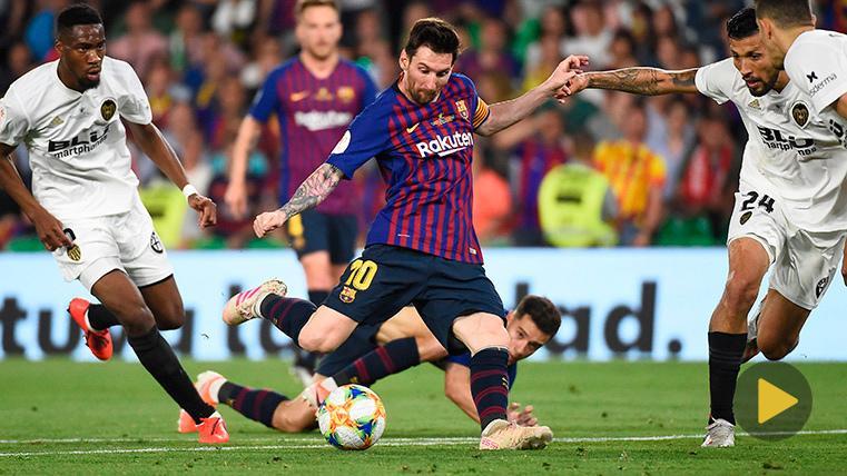 Solo el palo pudo evitar la obra de arte de Messi contra el Valencia