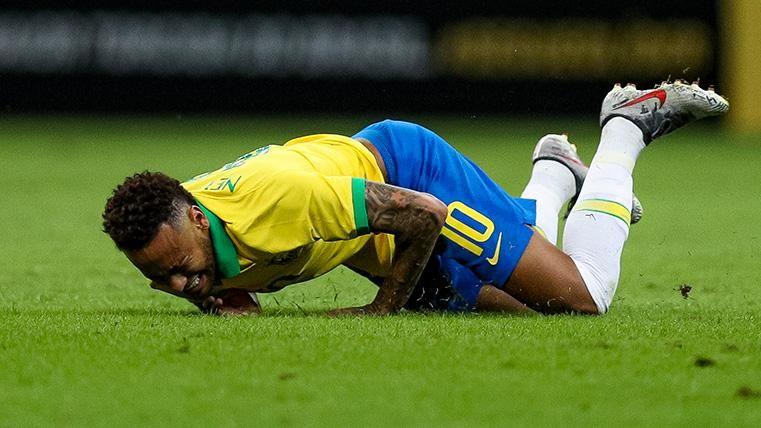 El gafe de Neymar continúa: Se lesiona en un amistoso y se perderá la Copa América