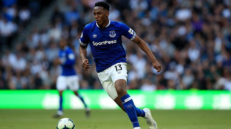 Yerry Mina podría marcharse del Everton para jugar cedido en Turquía