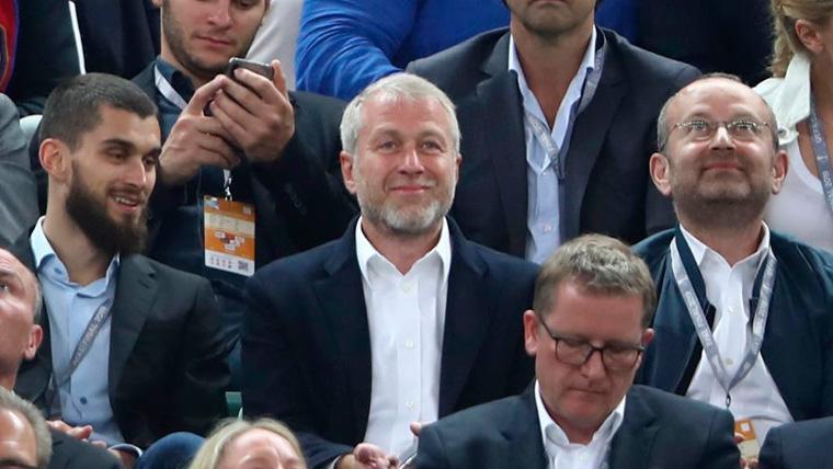 El Chelsea recurre la sanción de la FIFA al TAS y el Barça está muy pendiente de la resolución