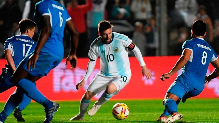 A Messi le bastan 45 minutos para encarrilar una goleada de Argentina a Nicaragua (5-1)