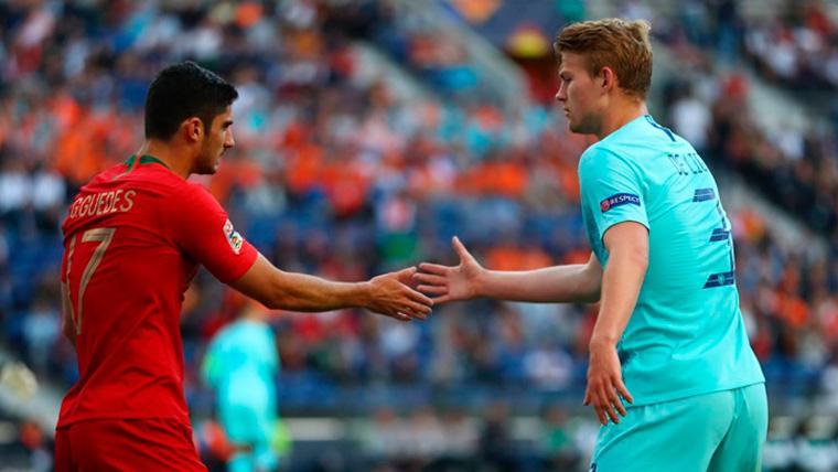 Matthijs de Ligt en un partido con la selección holandesa