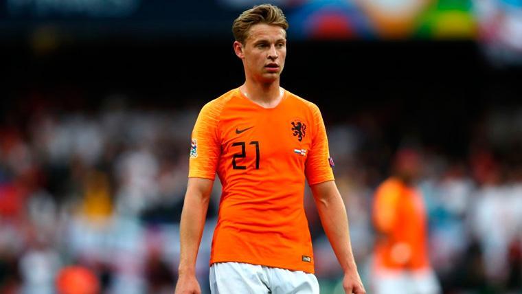 Frenkie de Jong en un partido con la selección de Holanda
