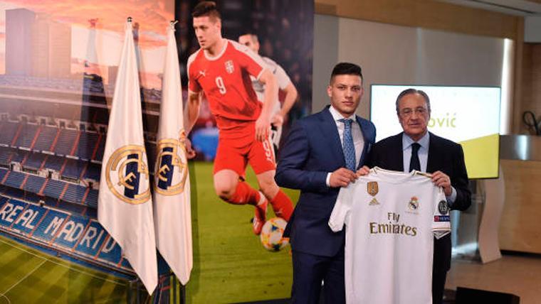 """Luka Jovic, presentado por el Real Madrid: """"Me gustaría ganar la Champions"""""""