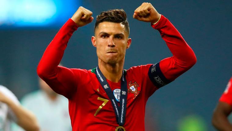 Cristiano sigue presumiendo y arranca su campaña para el Balón de Oro