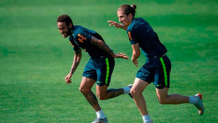Me gustaría que Neymar jugara en el Barcelona, él allí es feliz