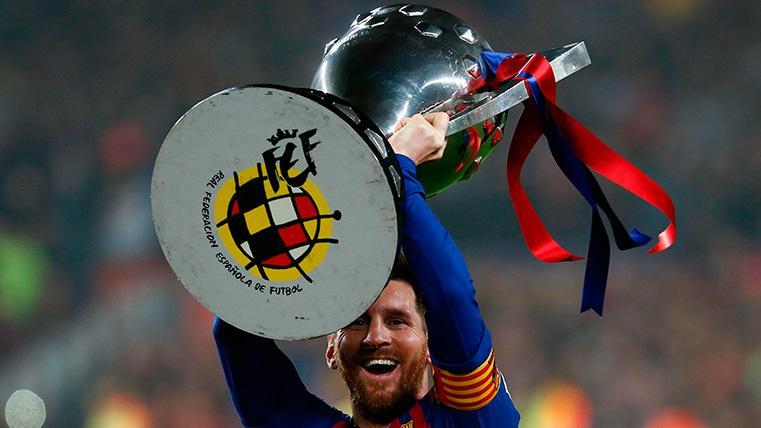 Messi levanta el título de Liga 2018-2019
