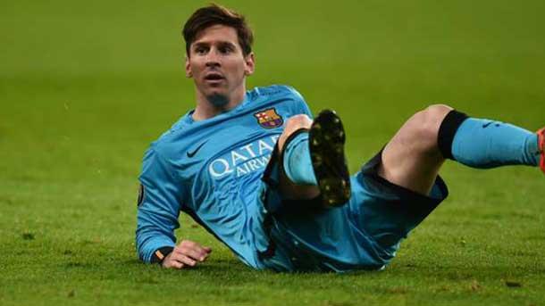 Messi se toc� varias veces los isquiotibiales ante el Bayer