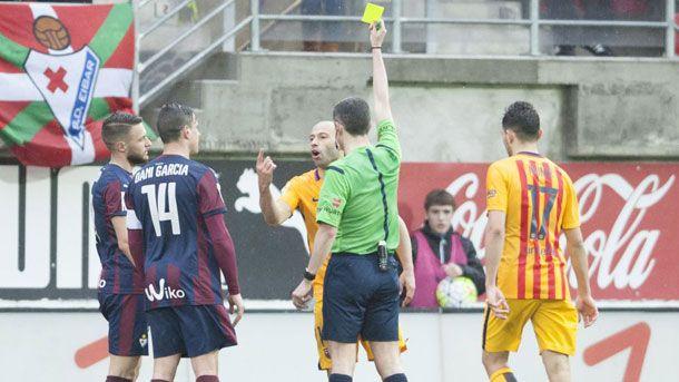 Mascherano vio la quinta amarilla y no jugará ante el Getafe