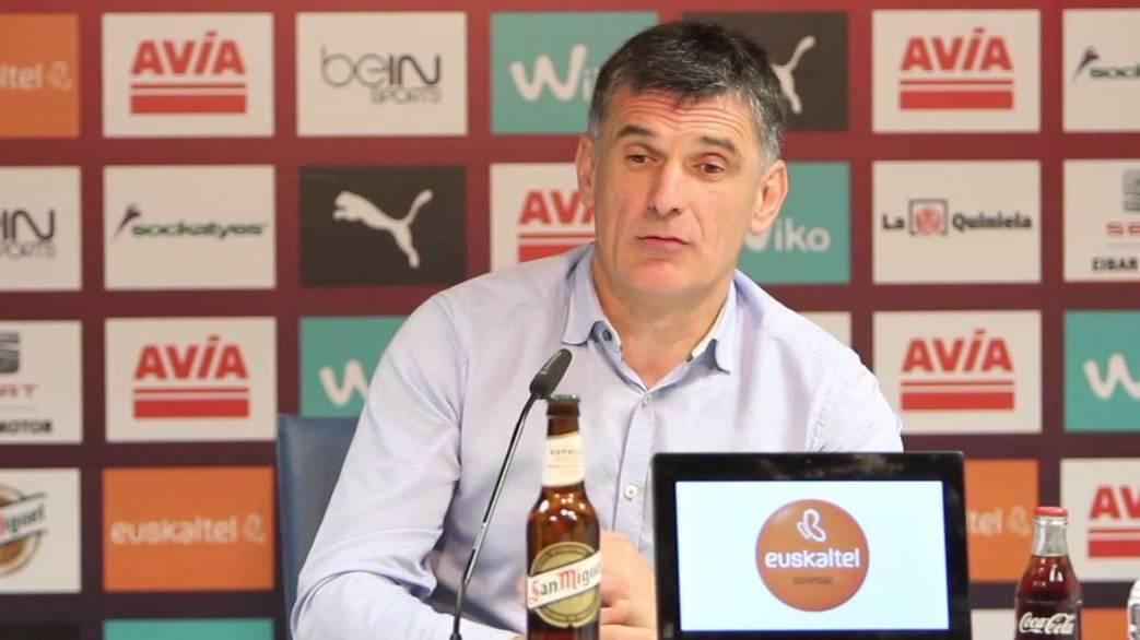 """Mendilibar: """"Con Messi es imposible, de la nada saca un gol"""""""